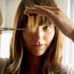 چگونه موهای خود را در خانه کوتاه کنیم؟
